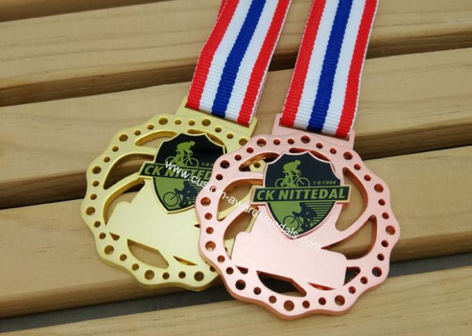 Die Cast 3D Sports Medals , Zinc Alloy Martial Arts Medals With Antique Plating