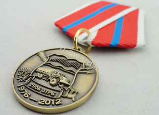 China Souvenir Gift Zinc Alloy 3D Custom Medal Awards with Ribbon Two Sides Die Casting supplier