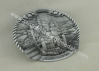 China Personalized Deluxe Clutch Badges Souvenir 3D Metal Badges Antique Silver Plating supplier