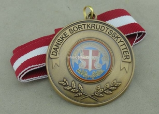 China Zinc Alloy Material Soft Enamel Ribbon Medals Antique Brass Plating supplier