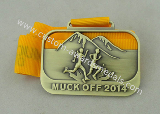 China 3D Die Casting Running Ribbon Medals For 2014 Muck Off And Antique Brass Plating supplier