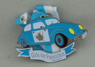 China Customized Blue Ribbon Medals , Soft Enamel Zinc Alloy Deloitte Medals supplier