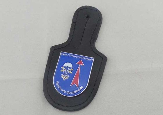 China Kommando Leather Pocket Badge And Personalized Leather Keychains With Nickel Plating distributor