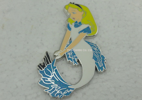 China Love Theme Lady Safety Hard Enamel Pin For Descoration Logo Stamped factory