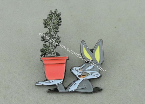 China Nugz Bunny Enamel lapel Pin With Zinc Alloy Die Casting And Black Nickel Plating distributor